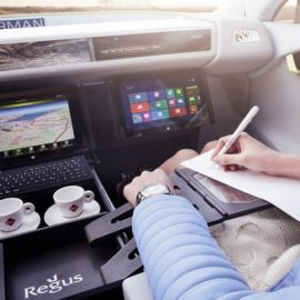 Alat-alat & hal wajib untuk bekal kerja di mobil